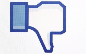 פרסום שלילי בפייסבוק